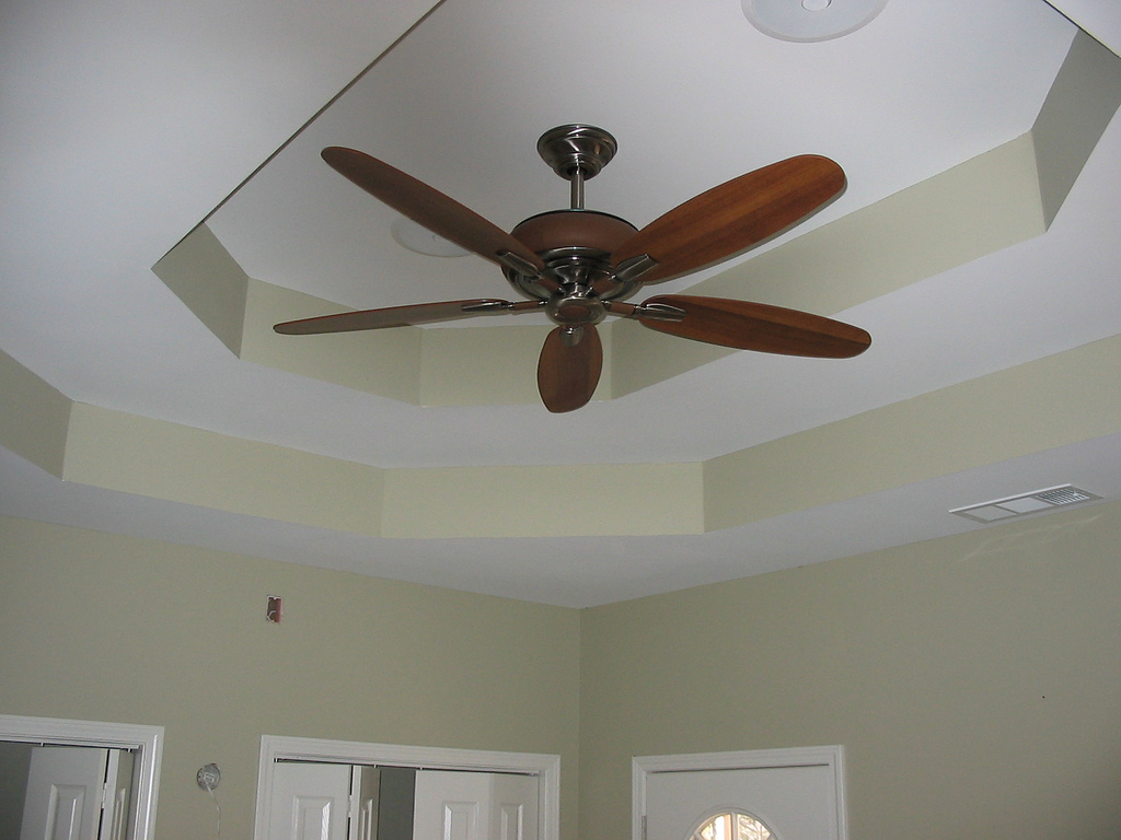 install ceiling fan box